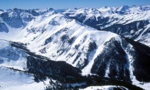 Skier Dies in Avalanche