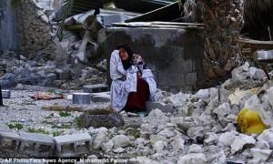 Powerful Quake Strikes Iran